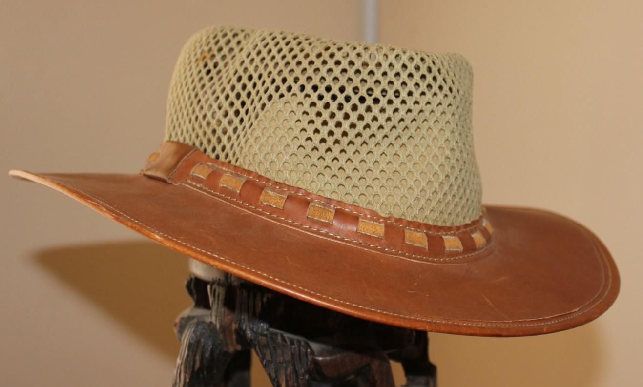 Kj ' - Hat